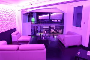 club_la_vela_vip_bottle_service_darkroom_upstairs_2